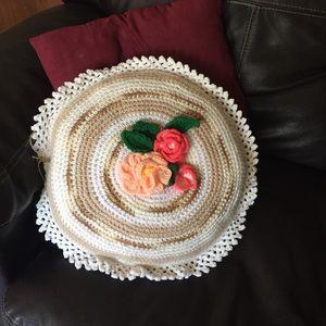 Vintage granny pillow large knit & handmade